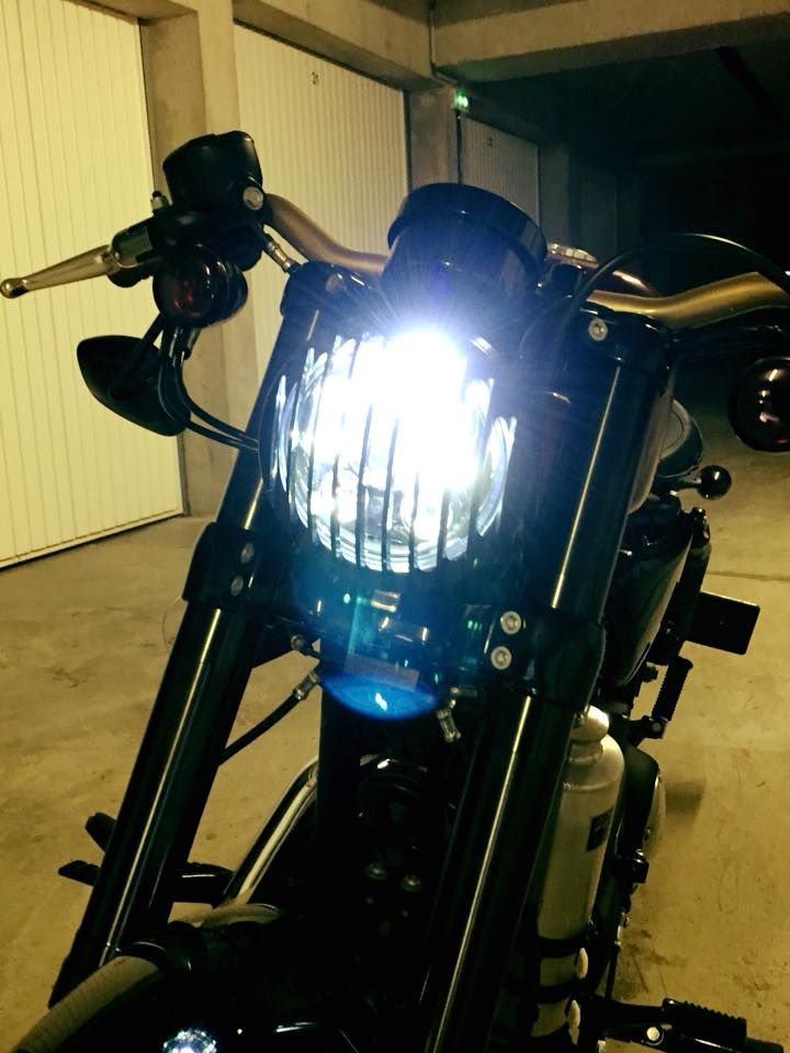 phare a led et grille Sportster Roadster
